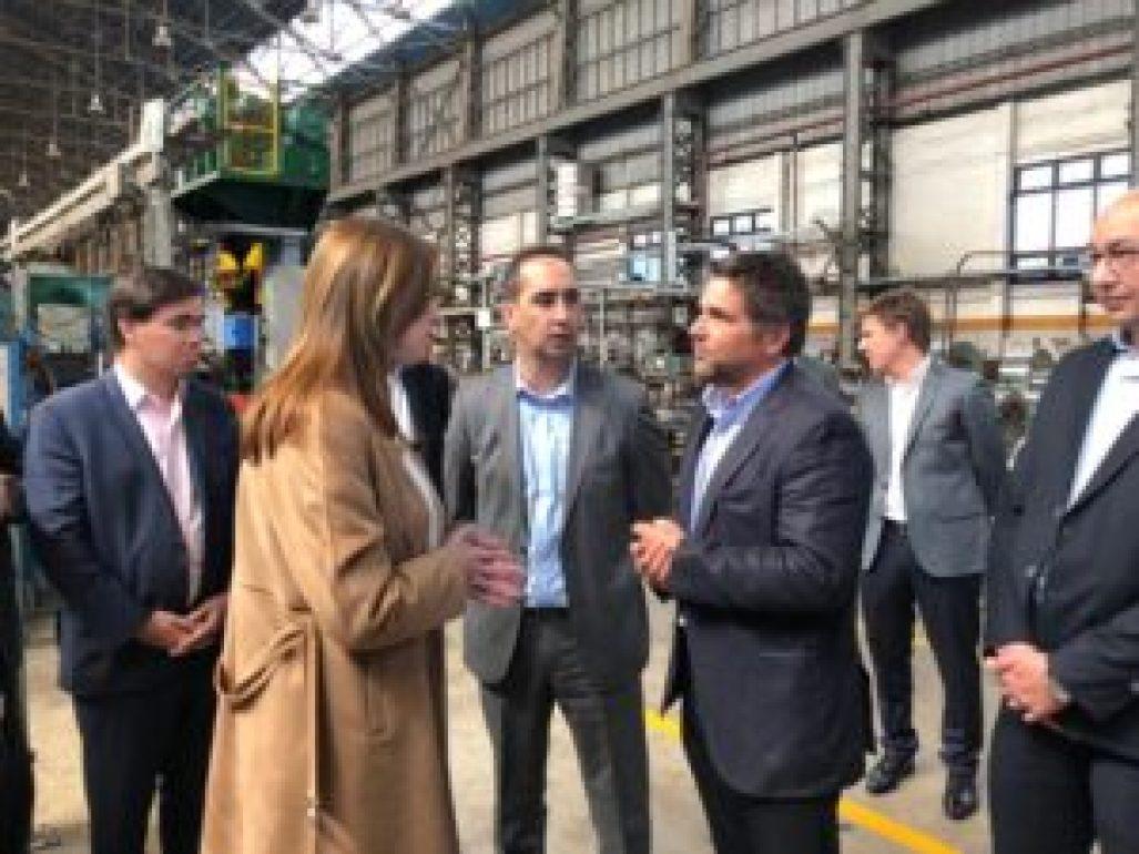 La gobernadora Vidal junto al intendente Tagliaferro y el titular de la Unión Industrial del Oeste. Edgardo Gámbaro