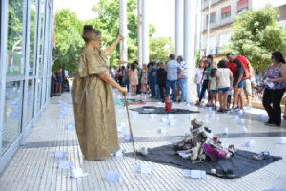 Homenaje a víctimas de Cromañón