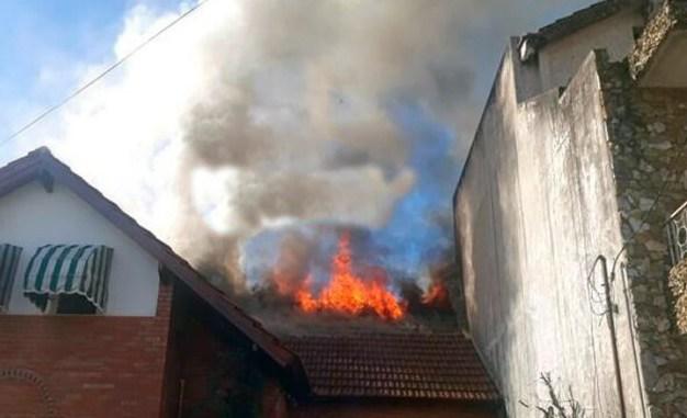 Incendio en El Palomar