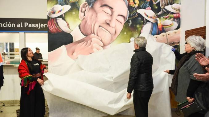 Image result for mural a Jaime Torres en la estación Moreno