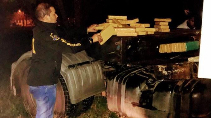 Detenidos 48 panes de Marihuana