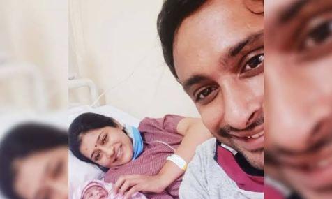 Ambati Raydu Wife and daughter