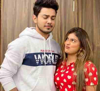 Anam Darbar With Sunny Chopra