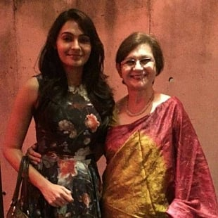 Andrea Jeremiah With Her Mother