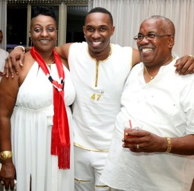 Dwayne Bravo With His Father And Mother