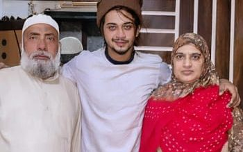 Hasnain KhanWith His Father And Mother