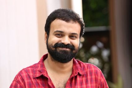 Kunchacko Boban Biography, Height, Weight, Age, Movies, Wife, Family, Salary, Net Worth, Facts & More.jpg