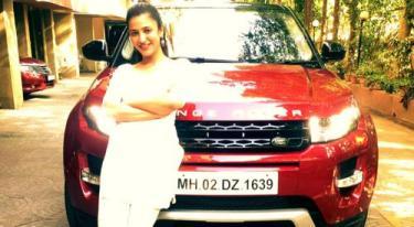 Shruti Hassan With Her Car