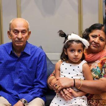 Suresh Raina Father And Mother