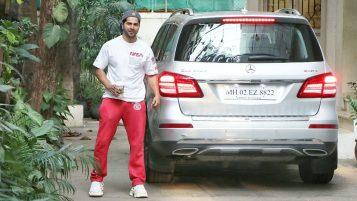 Varun Dhawan With His Car