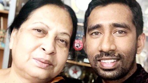 Wriddhiman Saha With Mother