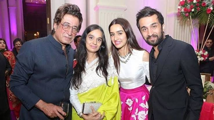 Shraddha Kapoor with her family