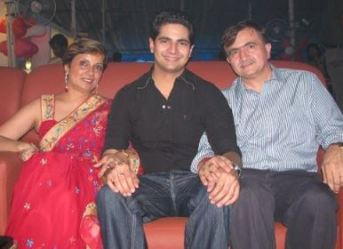 Karan Mehra With His Father And Mother
