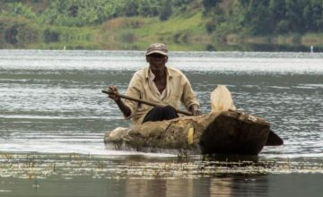 4 Days Luxury Fishing and Wildlife Safari in Uganda