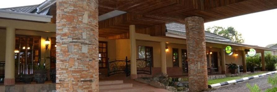 mountains-of-the-moon- uganda safari accommodation