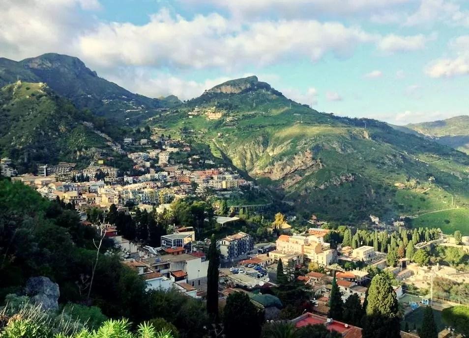 Castelmola, co warto zobaczyć w Castelmola, noclegi w Castelmola, Katania, Katania co warto zobaczyć, Taormina