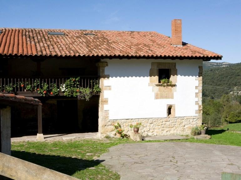 casa-rural-camijanes-exterior