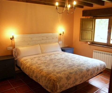 Dormitorio de la casa para 10 personas en Boquerizo