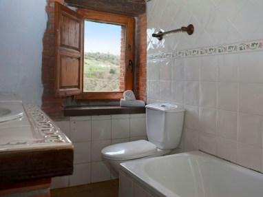 Badezimmer von Ferienwohnung für 8 Personen