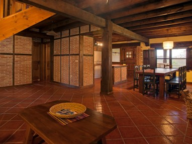 Hall of the holiday house for 10 people in Llanes
