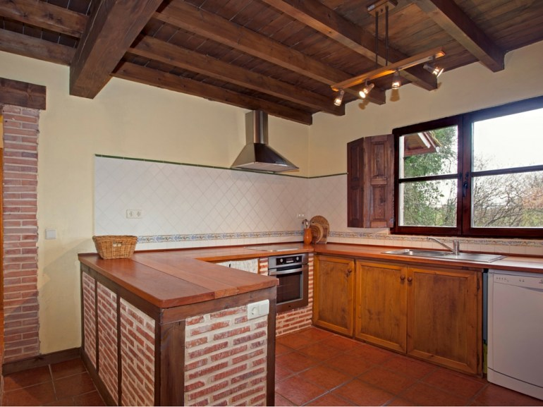 Kitchen in the holiday house for 10 people in Llanes