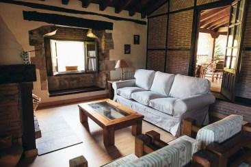 salon casa rural camijanes cantabria