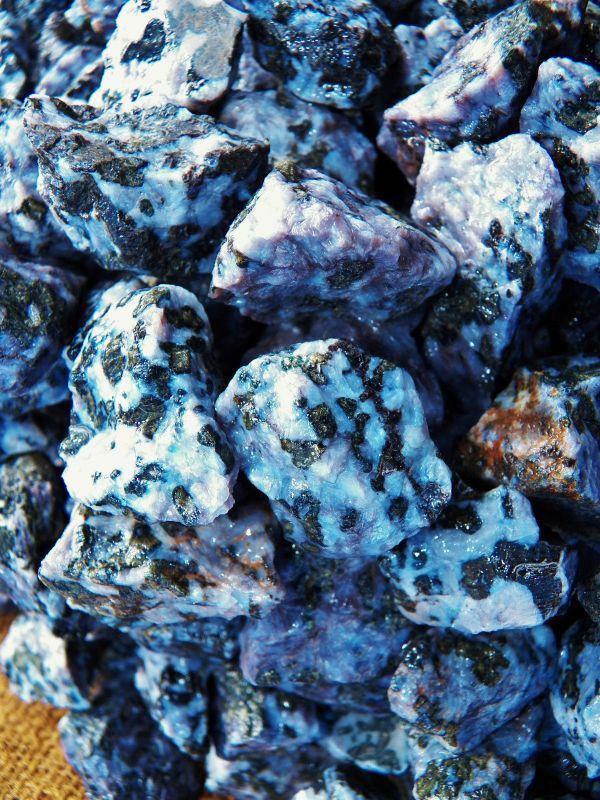 indiggo gabbro healing crystal spiritual