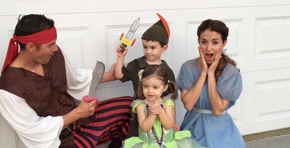 Cute Family Disney Halloween Costumes.Disney Family Halloween Costumes Princess Turned Mom
