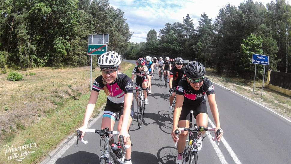 WE RIDE RAPHA WOMENS 100
