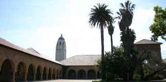 """Stanford University"" by Jeff Pence liscensed under CC BY 2.0 (via Flickr)"