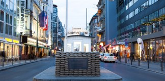 photograph of Chechpoint Charlie memorial site today