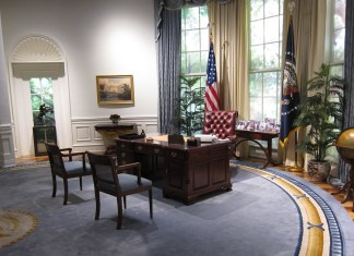 photograph of empty oval office