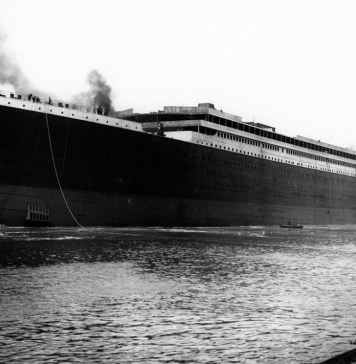 black-and-white photograph of Titanic
