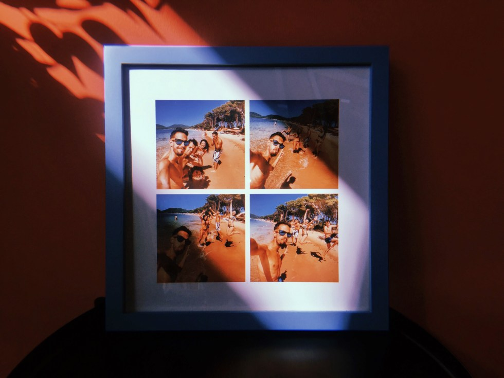 Blue Square Frame - Travel with Friends
