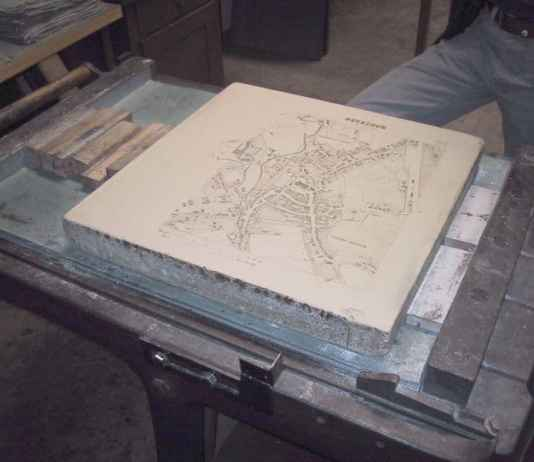 Litography press with map of Moosburg