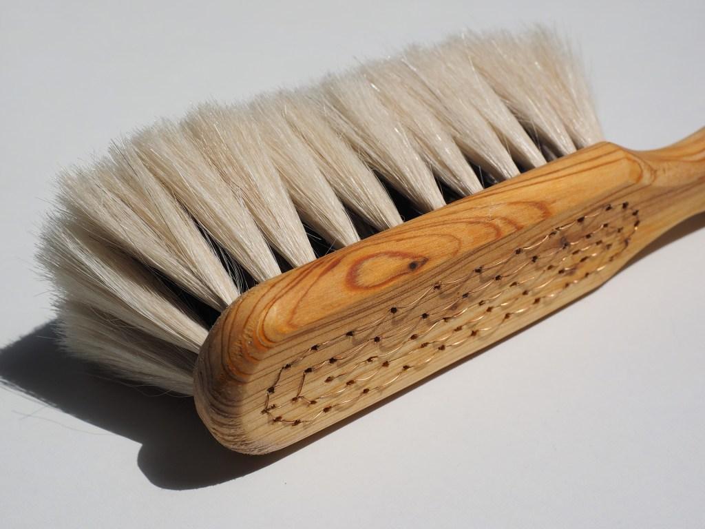 brush-505380_1920