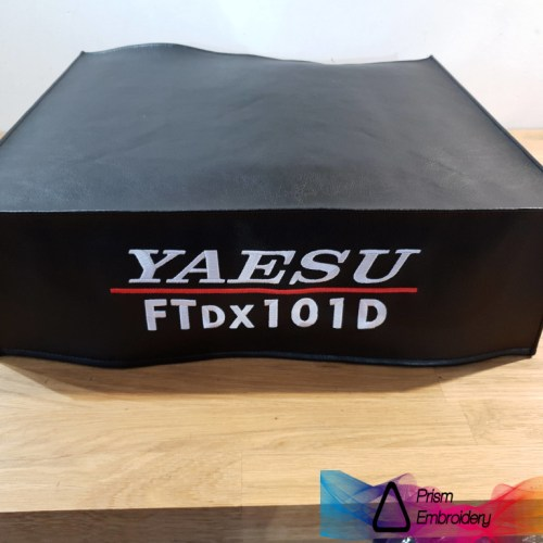 Yaesu FTDX101D Radio dust cover by DX Covers PrismEmbroidery