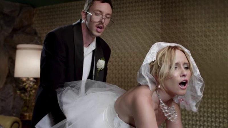 Os Recém Casados da Skittles