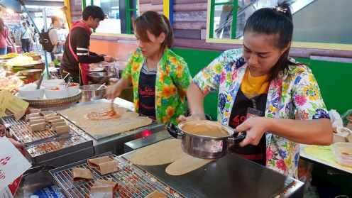 Sprzedaż jedzenia, Chatuchak Weekend Market, Bangkok