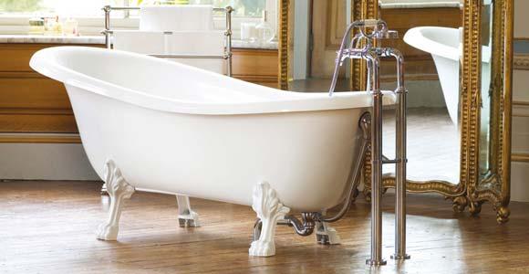une baignoire retro dans votre salle de