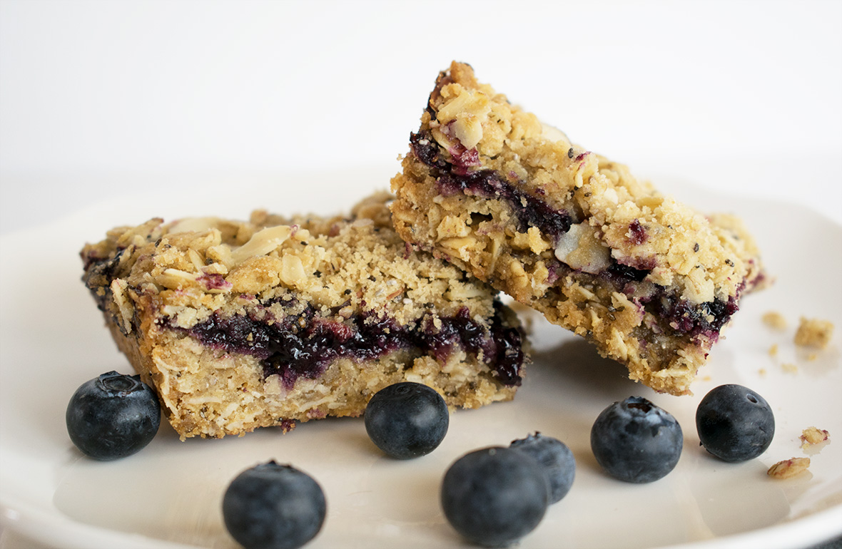 Copycat Starbucks Blueberry Oat Bar
