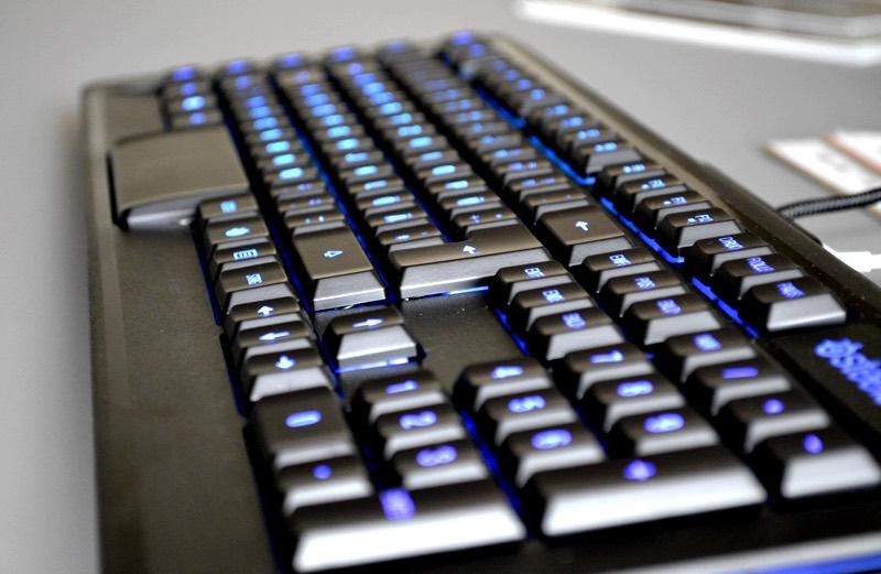 steelseries-apex-m800-test-2