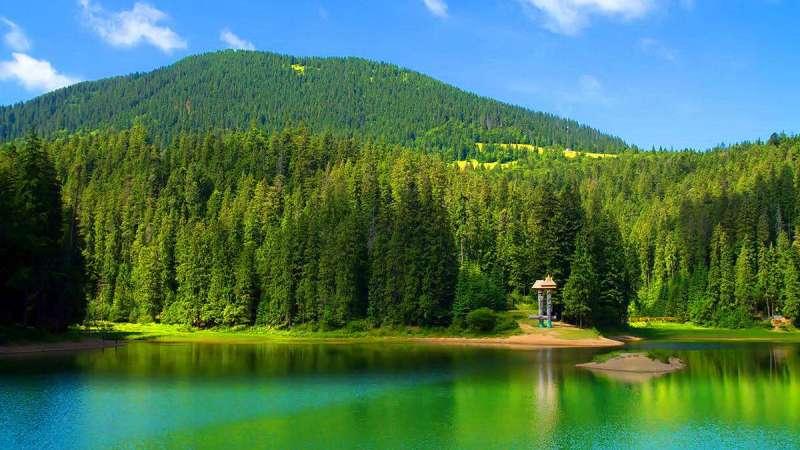 Озеро Синевир — «морское око Карпат», появившееся 10 000 лет назад