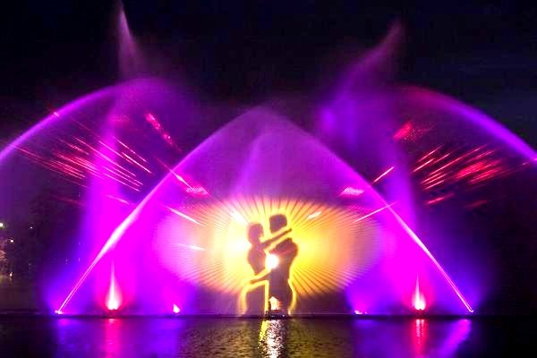 Винницкий фонтан «Рошен»: как работает, расписание