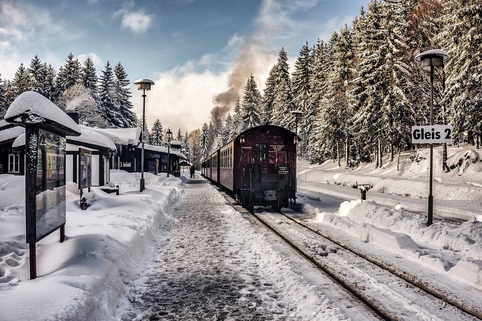 Права пассажира и правила проезда в поезде в Украине