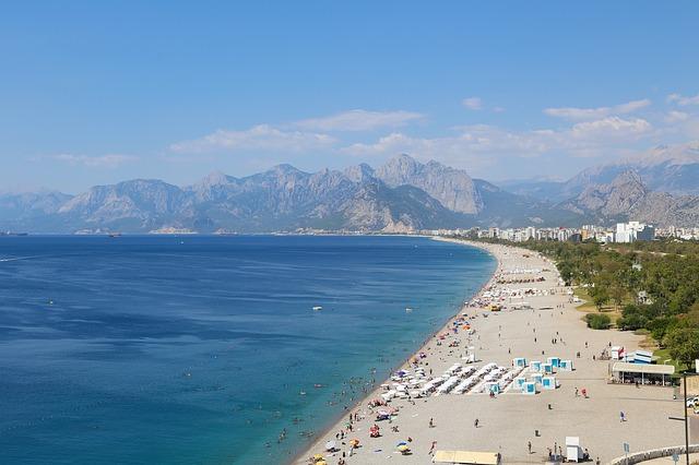 Где в Турции песчаные пляжи?