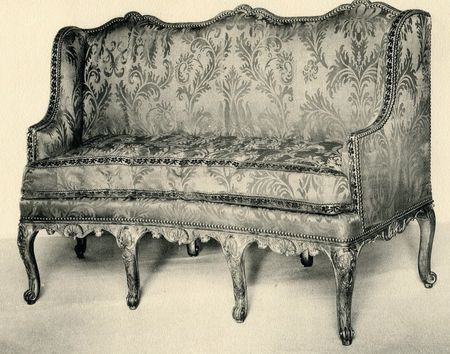 Canapé cintré à joues, collection Jacques Doucet