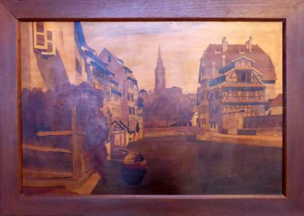Marquetterie De Spindler. (c) Antiquités Le Passe Temps
