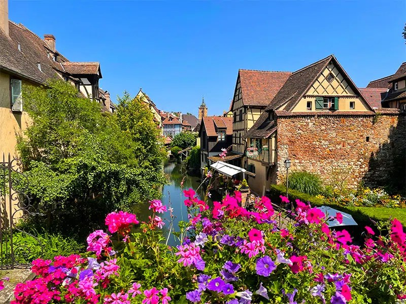 Which Alsace villages and towns in Alsace are worth your time? Read my helpful tips for visiting the villages in Alsace and my favorite towns