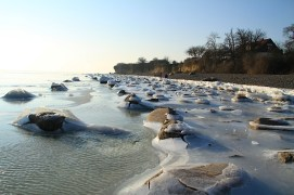 Winter 08 Eis Ostseebad Thiessow Insel Ruegen